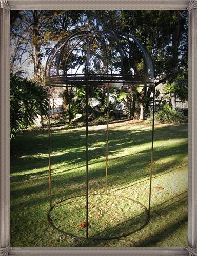 p14c-french-pergola-with-mesh