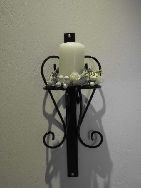 wb008-curly-candle-holder