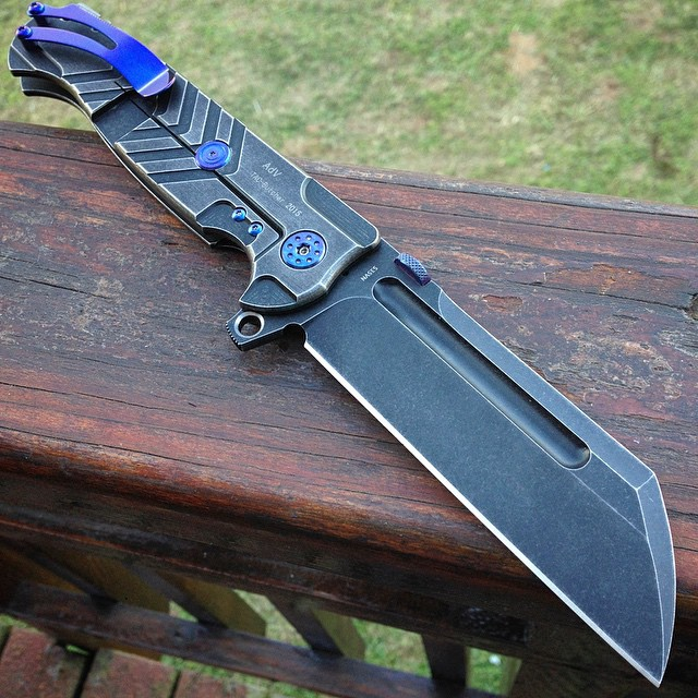 45&#039&#039-mega-butcher-with-blue-hardware-and-clip-lock-side