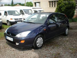 ford-focus-triangle-11