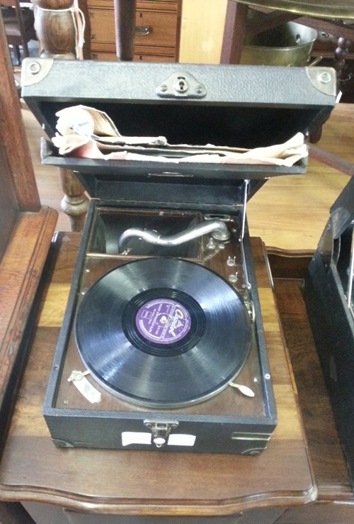 his-master&#039s-voice-gramophone-10549