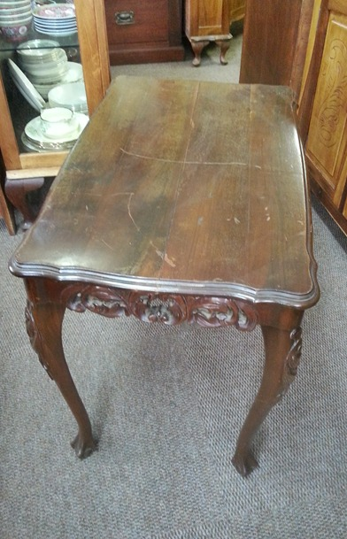 carved-coffee-table-1091