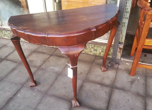 half-moon-ball-and-claw-side-table-wad036