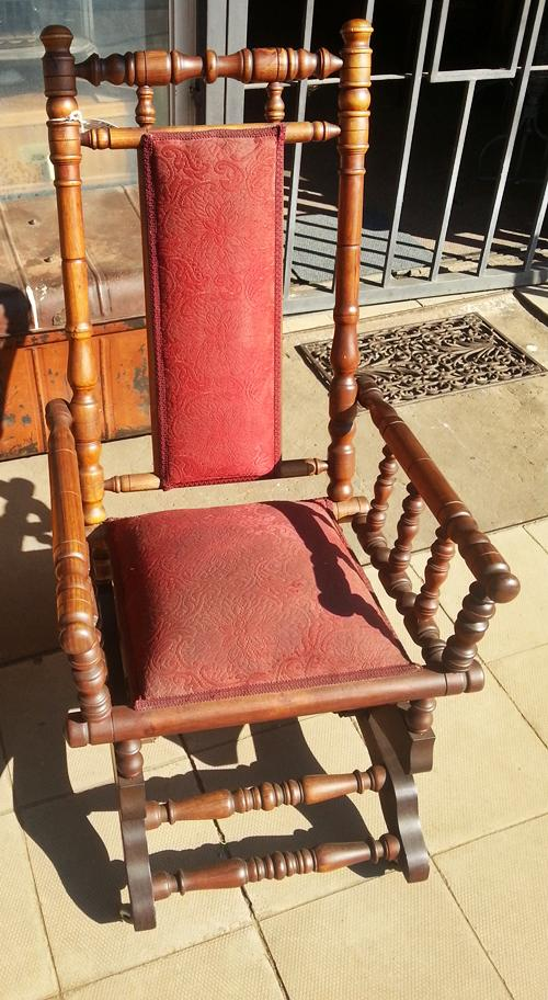 antique-rocking-chair-wad043