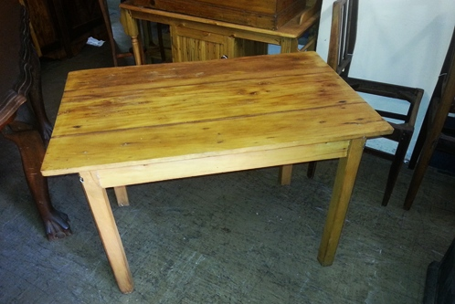 yellow-wood-table-12666