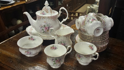 royal-albert-serenity-tea-set-12978