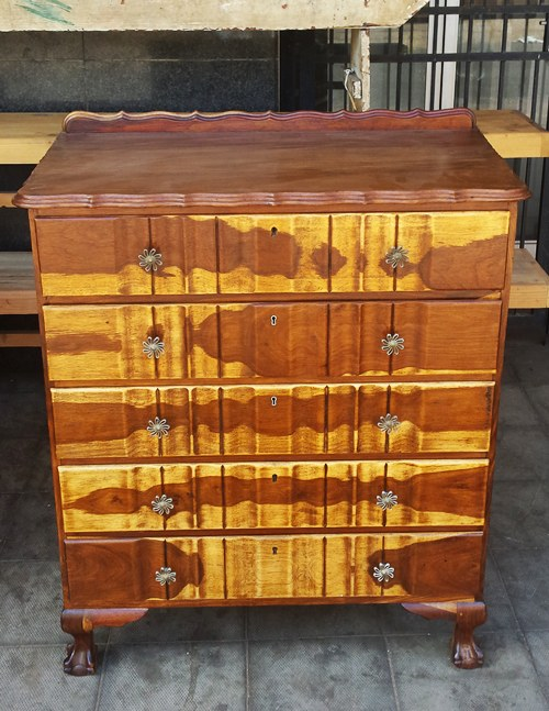 kiaat-chest-of-drawers-w11