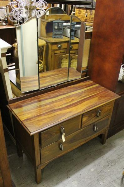 dressing-table-7674
