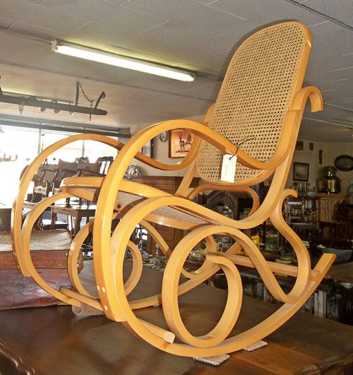 rocking-chair-8799