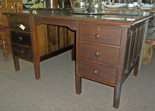 partridge-wood-desk-9938