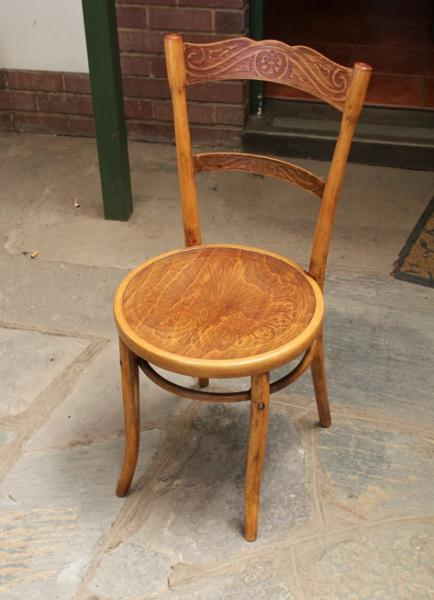 bent-wood-chair-sold