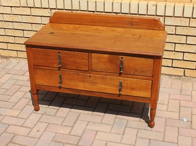 teak-chest-of-drawers-