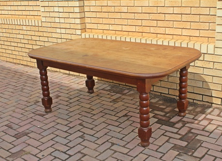 teak-dinning-room-table-