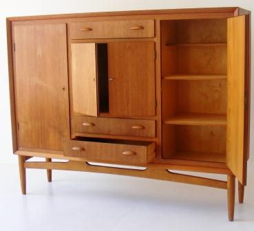 sideboard-dresser-teak-with-4-doors