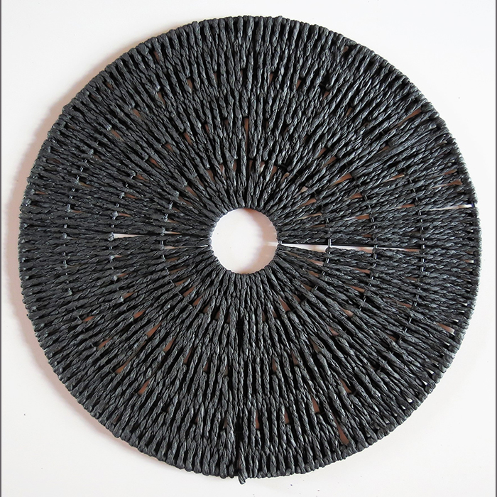 black-hessian-round-placemat