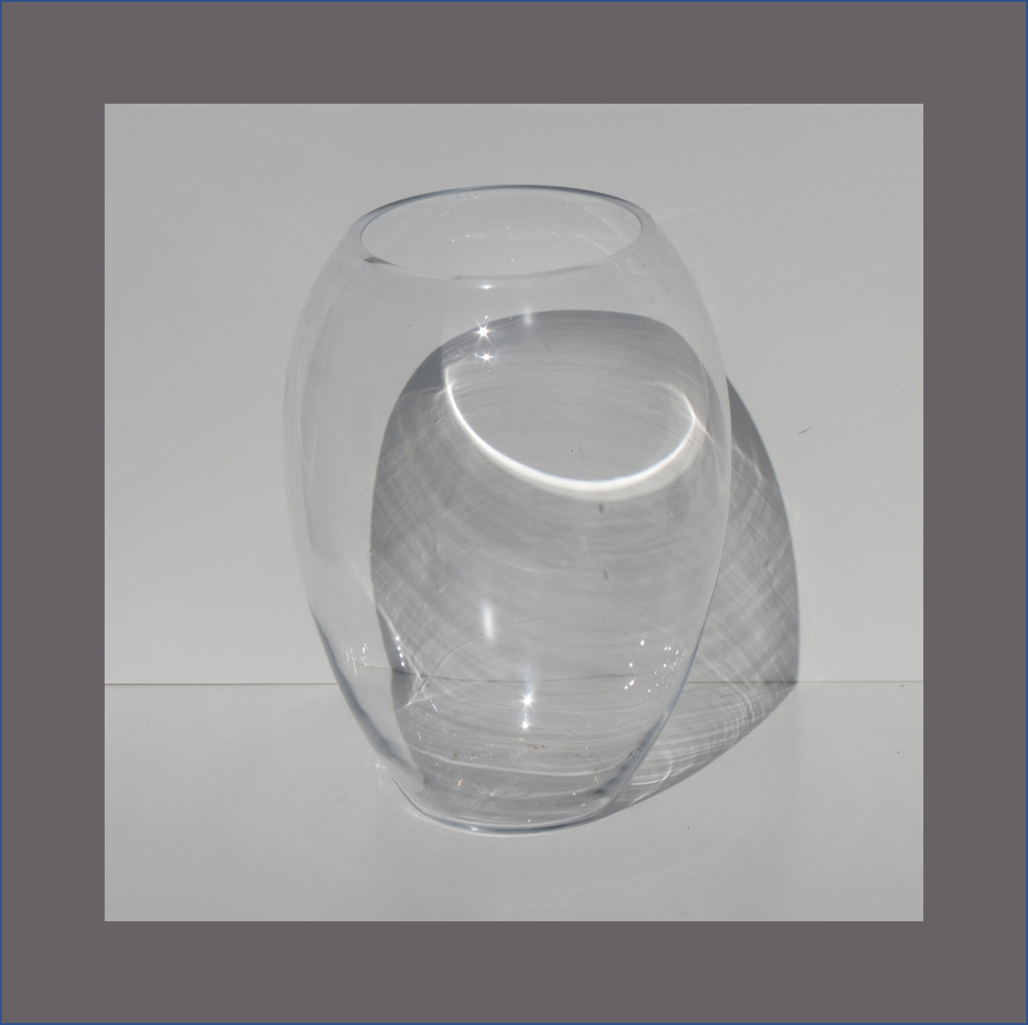 tulip-glass-vase