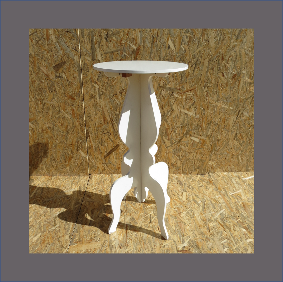 white-damask-side-table-3d