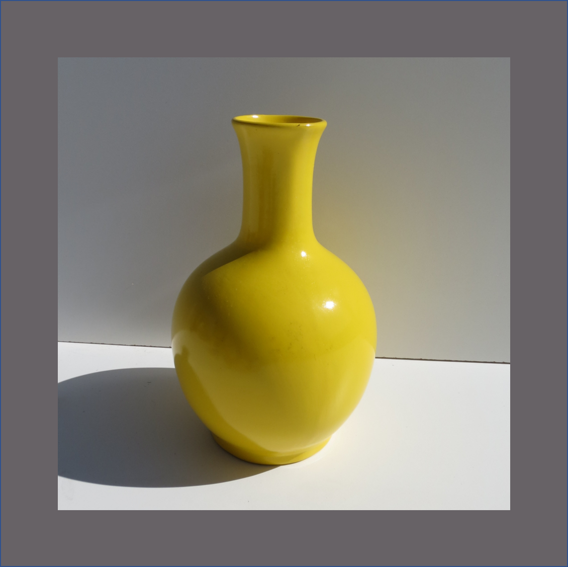 yellow-belly-vase-