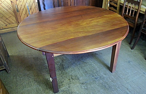 mahogany-round-table-8819
