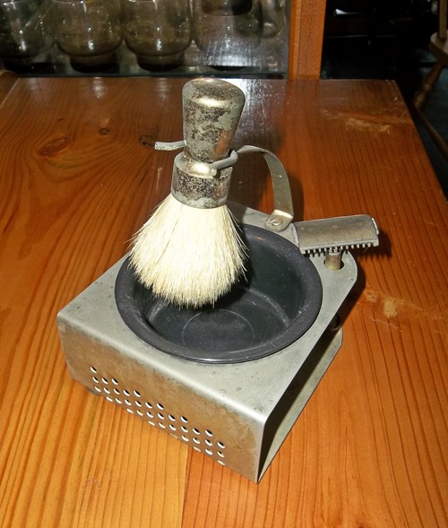 shaving-set-sold