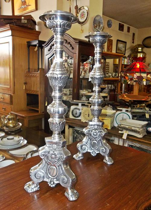 pewter-candle-holders-9532