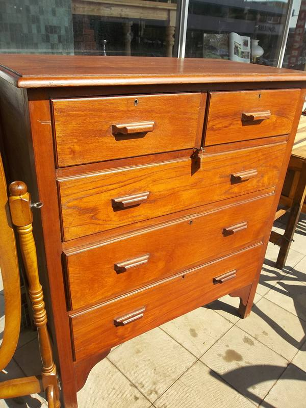 teak-chest-of-drawers-9979