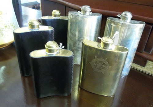 assorted-hipflasks-gn135