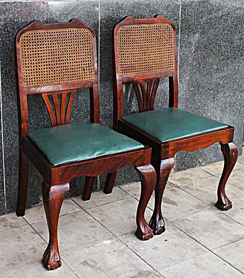pair-of-dinningroom-chairs-nr-10360