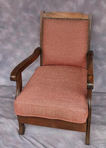 chair-soft-pink-