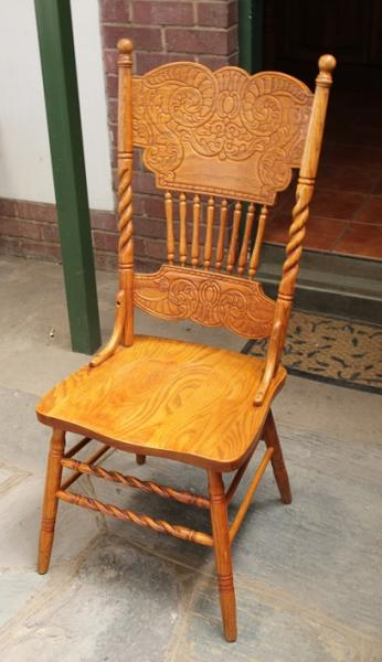 oak-and-beech-wood-reproduction-colonial-chair-sold