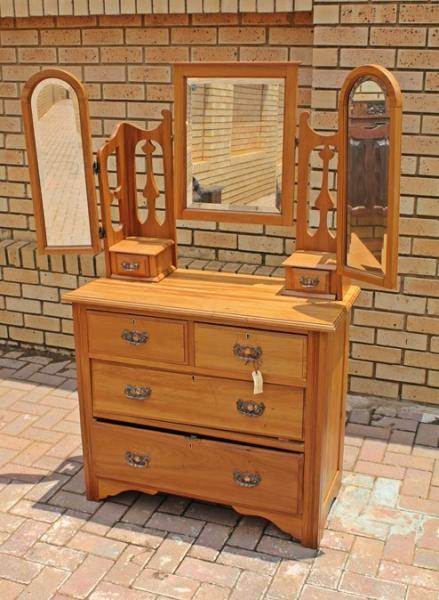 satinwood-dressing-table