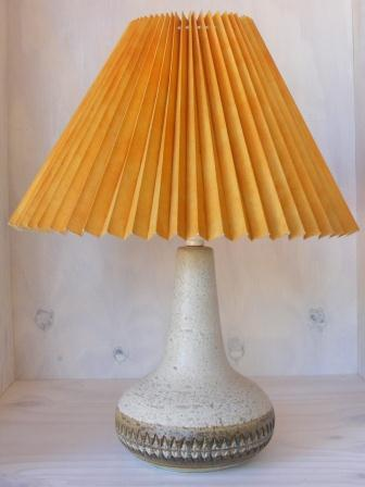 lamp-ceramic-matt-grey